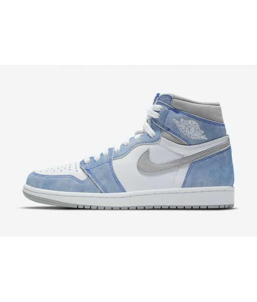 "Air Jordan 1 High OG ""Hyper Royal"" On Sale"